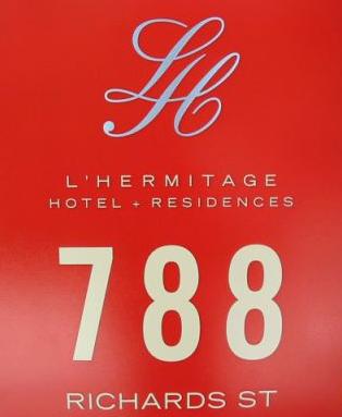 L'hermitage Logo